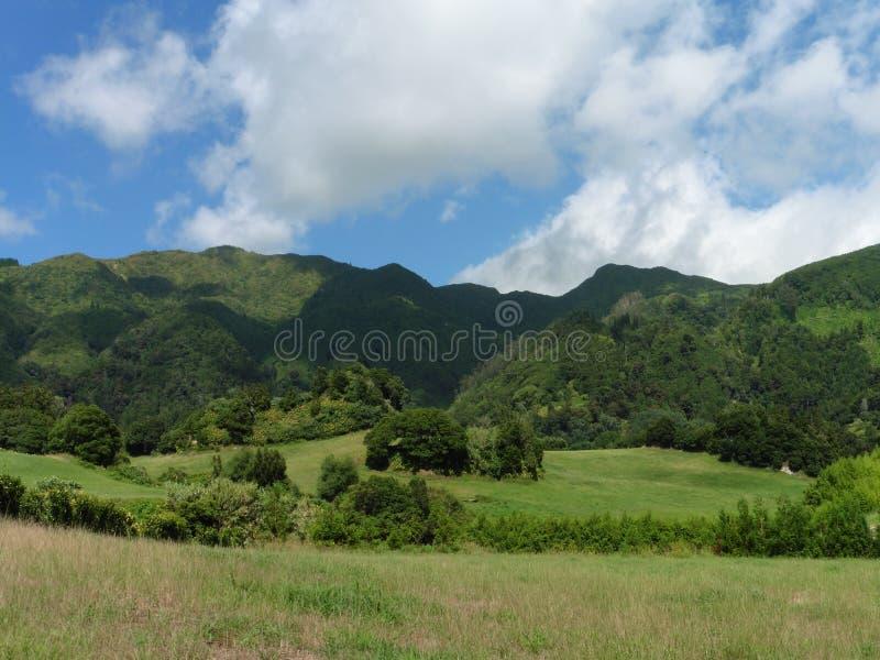 São Miguel Mountains imagen de archivo libre de regalías
