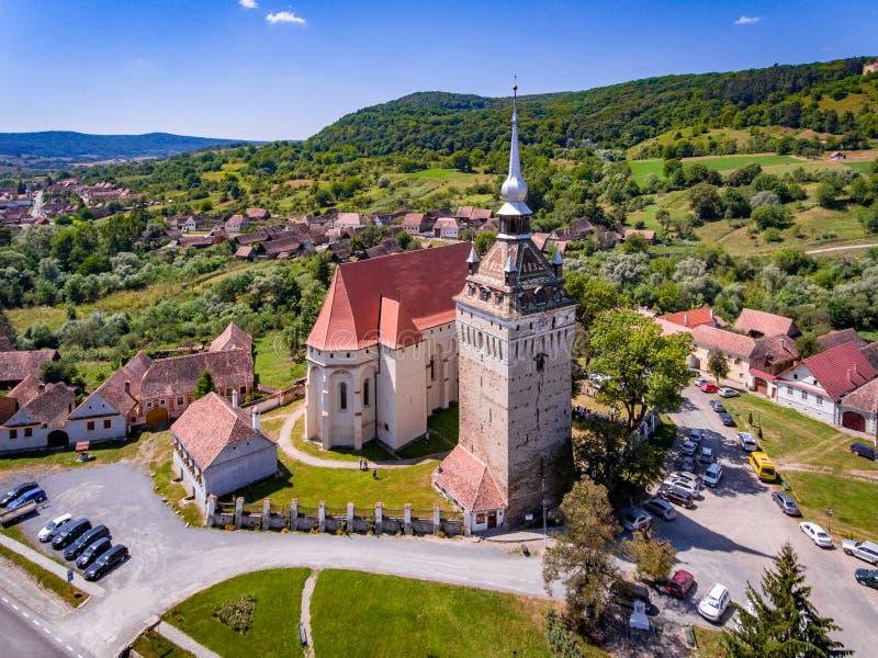 Sächsisches Dorf Saschiz in altem ländlichem Siebenbürgen Rumänien stockbild