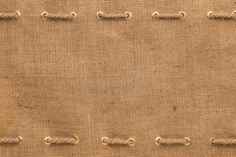 Säckväv med två linjer av rep royaltyfria foton