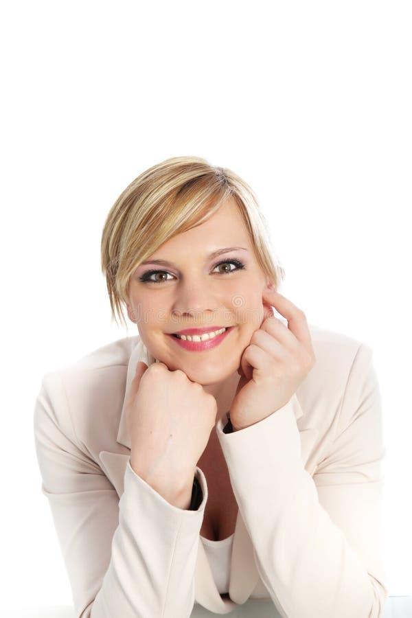 Säker le yrkesmässig kvinna royaltyfri foto
