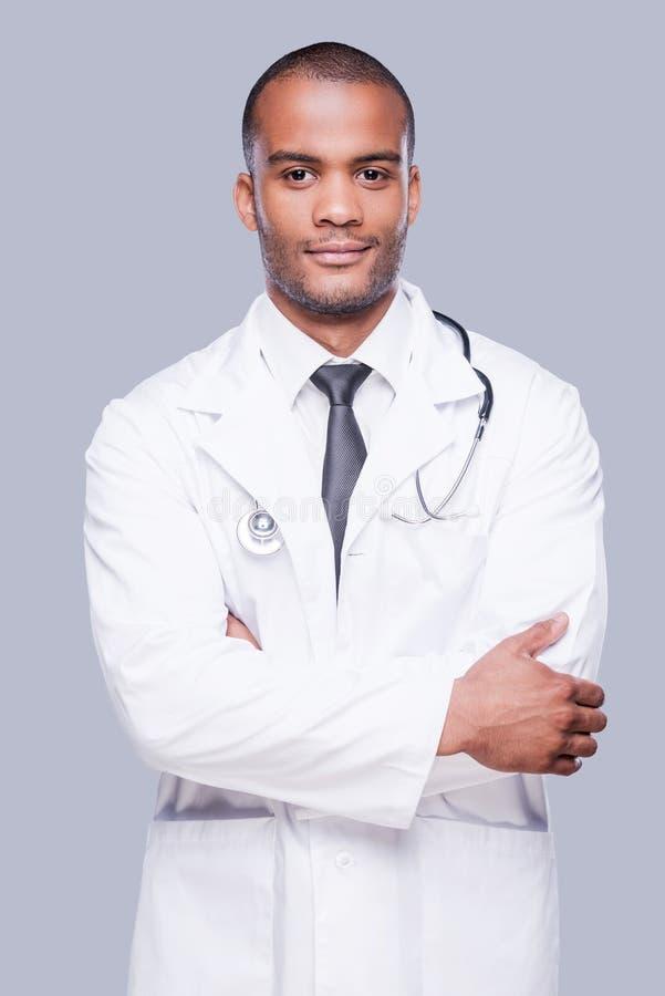Säker manlig doktor royaltyfri foto