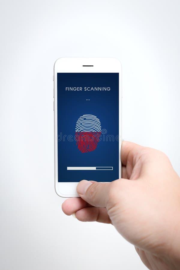 Säkerhet för Smartphone fingerbildläsning royaltyfri fotografi