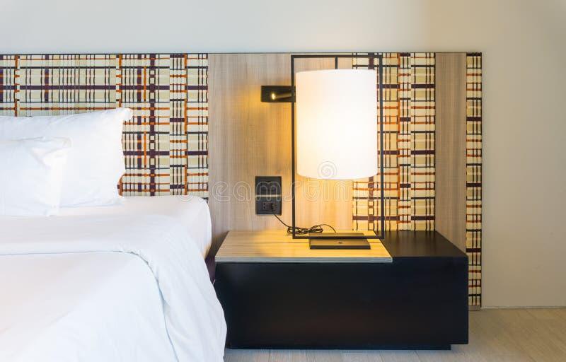 Sängkantuppsättning royaltyfri foto