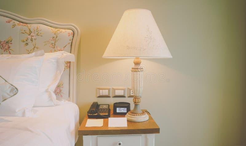 Sängsidouppsättning arkivbilder