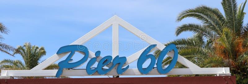 Säsong för våravbrott på Clearwater strandmitt på aktiviteter för pir 60 royaltyfri bild