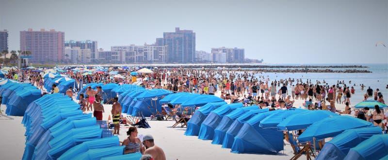 Säsong för våravbrott på den Clearwater stranden på att motta den 1 fläcken för 2019 royaltyfria bilder