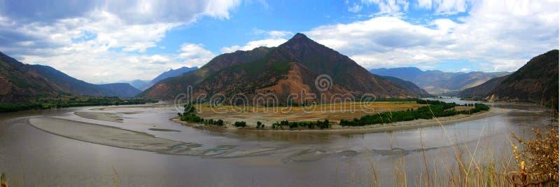 sätta på land den första floden yangtze royaltyfri foto