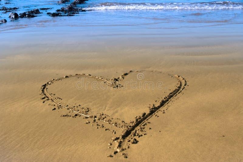 sätta på land hjärtaförälskelse royaltyfria bilder