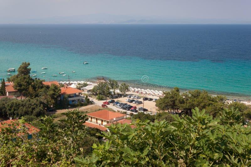 Sätta på land i Afitos och sommarsemesterort på Kassandra royaltyfri fotografi