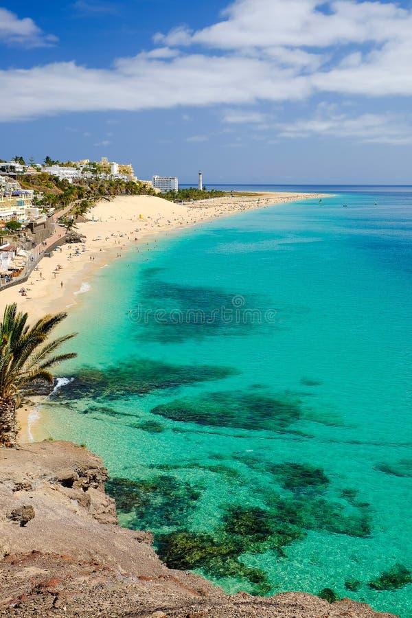 Sätta på land i Playa del Matorral i Morro Jable, Fuerteventura, Spanien royaltyfria bilder