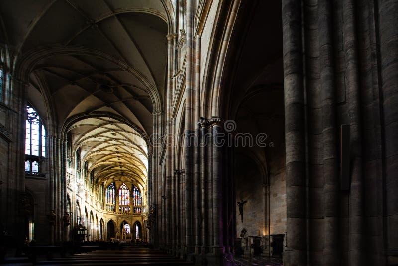 Sławna Świątobliwa Vitus katedra w Praga republika czech, salowy wnętrze zdjęcie royalty free