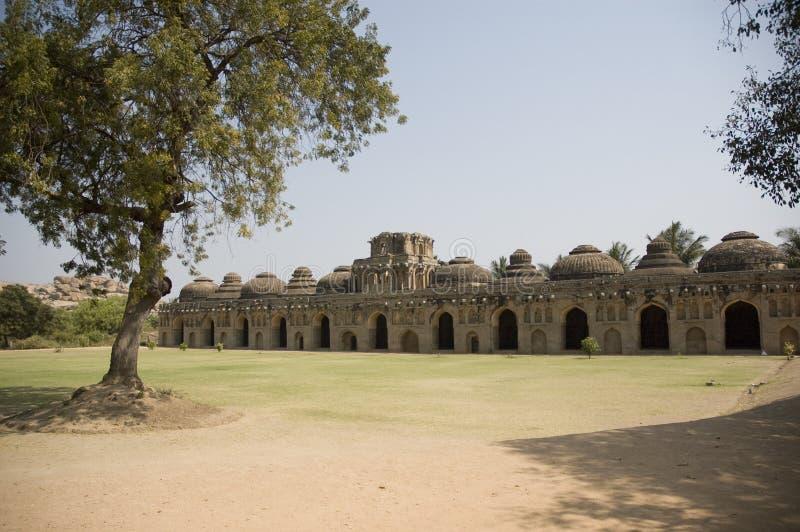Słoń stajenka przy Hampi w Karnataka, India Buduje w czternastym wieku, ja mieścił królewiątko słonie Ja jest UNESCO obrazy royalty free