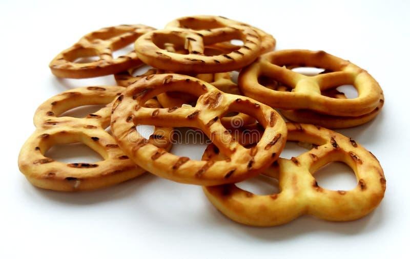 Słoni crispy krakersów precle na białym tle fotografia royalty free