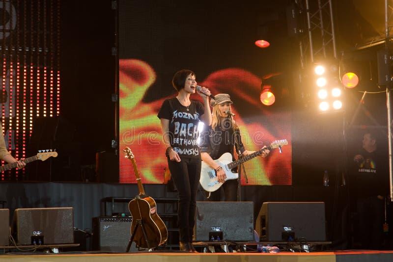 Sångare Natalie Imbruglia Musikfestival Kryliya på Tyshino stadion Juli 22, 2007 i Moskva, Ryssland arkivbild