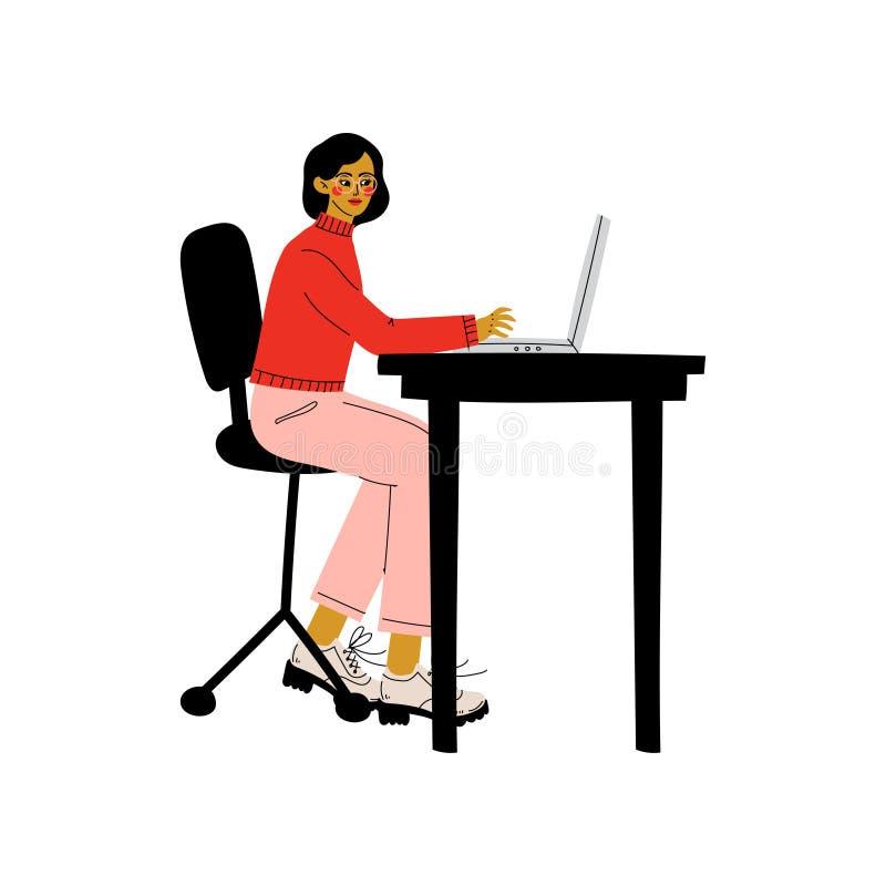 Séance de jeune femme au bureau et fonctionnement sur l'illustration d'ordinateur portable, indépendante ou sociale de réseau de  illustration stock
