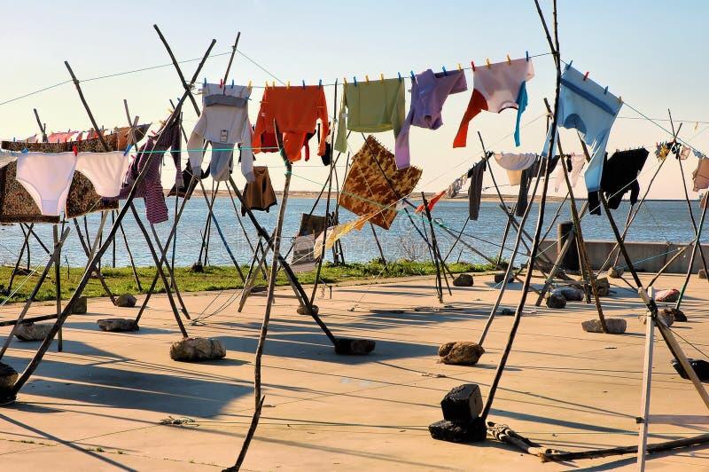 Séchage de vêtements photographie stock libre de droits