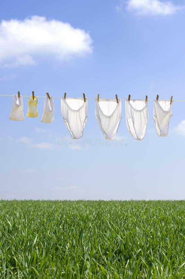 Séchage de vêtements photographie stock