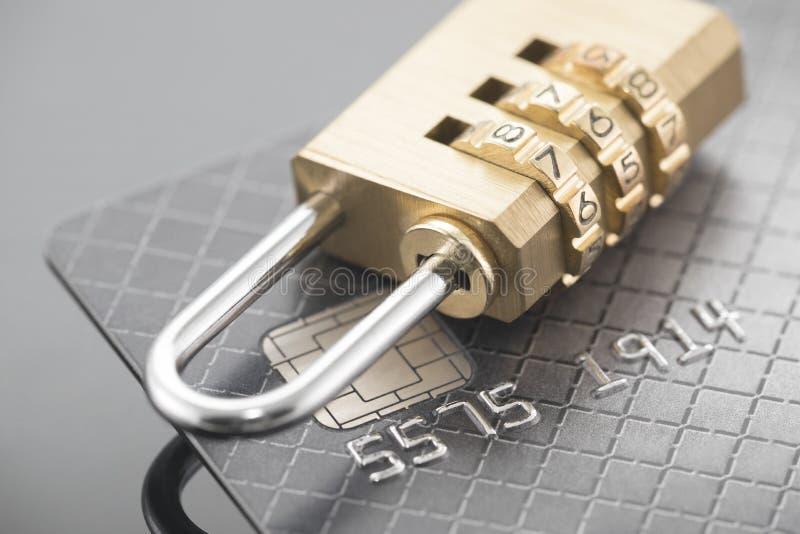 Sécurité de paiement par carte de crédit images stock