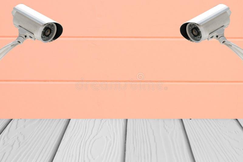 Download Sécurité Des Systèmes De Télévision En Circuit Fermé Sur Le Mur De Ciment Avec Le Plancher En Bois Image stock - Image du cement, système: 76086505
