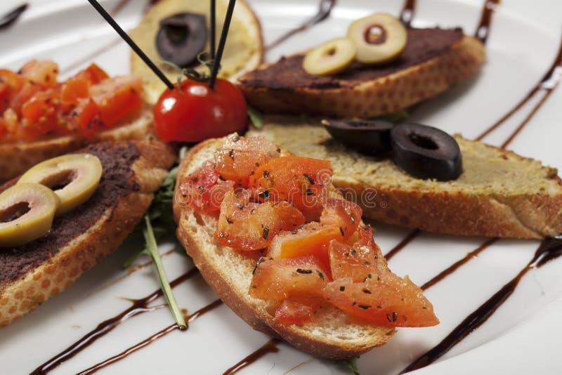Sélection végétarienne de crostini photo stock