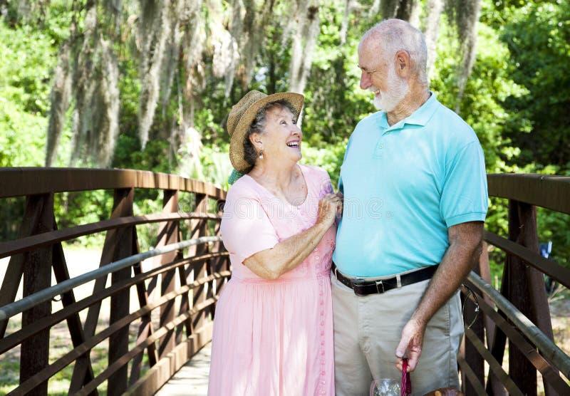 Séniores das férias - riso fotografia de stock royalty free