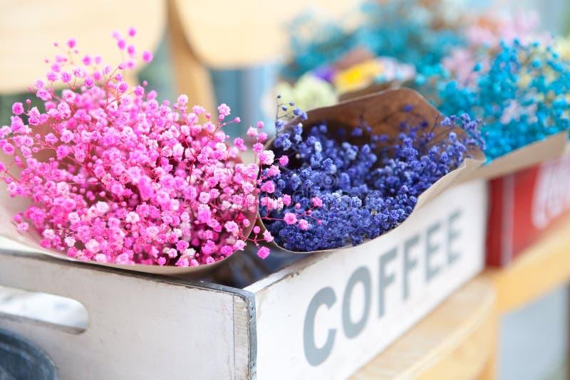 Download Séoul, Corée Du Sud - 9 Août 2015 : Bouquets Merveilleux Des Fleurs Dans Le Fleuriste Chez Samcheong-Dong, Séoul, Corée Du Sud Photographie éditorial - Image du célébration, pâques: 77163177