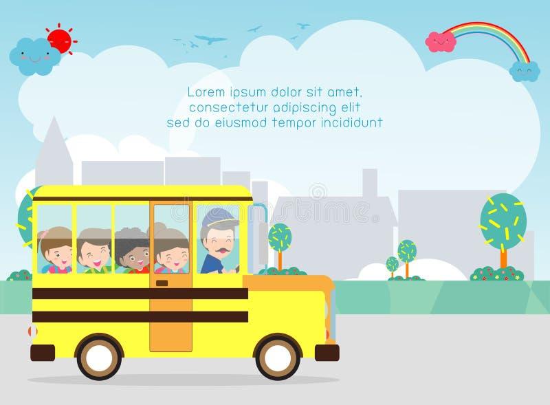 Série d'autobus scolaire - 1 Le sourire heureux badine l'équitation sur un autobus scolaire avec un conducteur Calibre pour la br illustration libre de droits