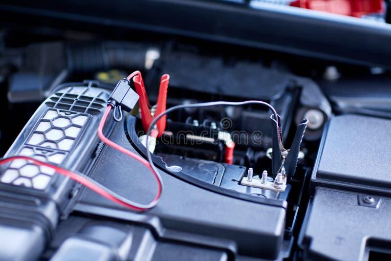 Série de detalhe do carro: Motor de automóveis da limpeza Motor do close-up foto de stock royalty free