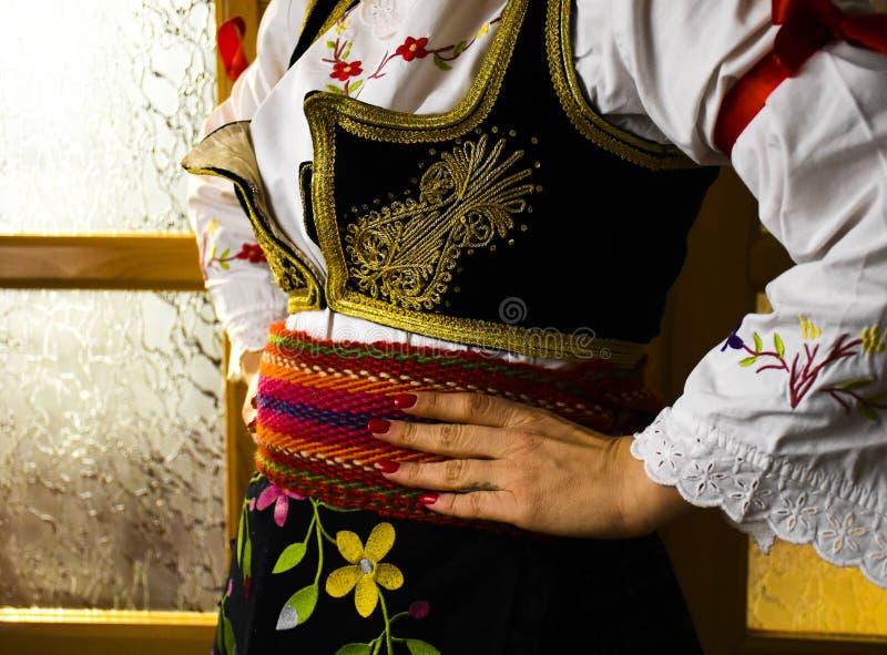 Sérvia popular dos trajes fotografia de stock
