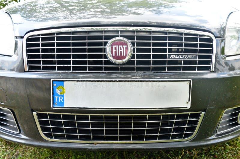 Símbolo auto del metal de Fiat fotos de archivo