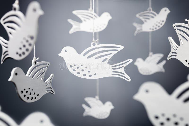 Símbolo da pomba do branco da paz imagens de stock