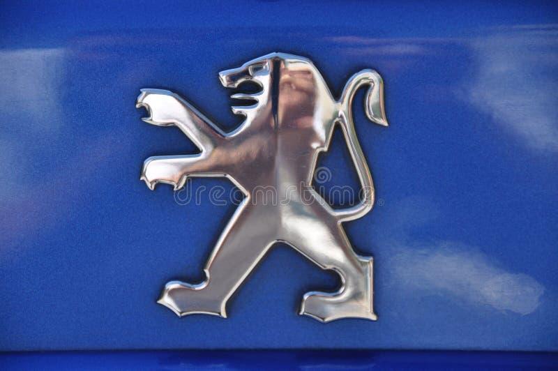 S?mbolo de Peugeot fotografía de archivo