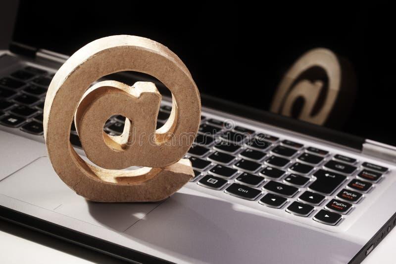 Símbolo del email @ fotografía de archivo libre de regalías
