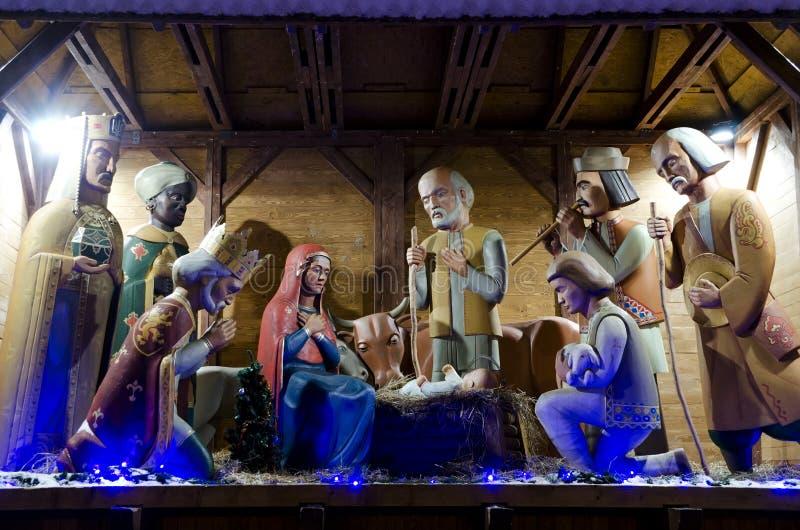 Símbolo do Natal - cena da natividade no centro de Lviv foto de stock