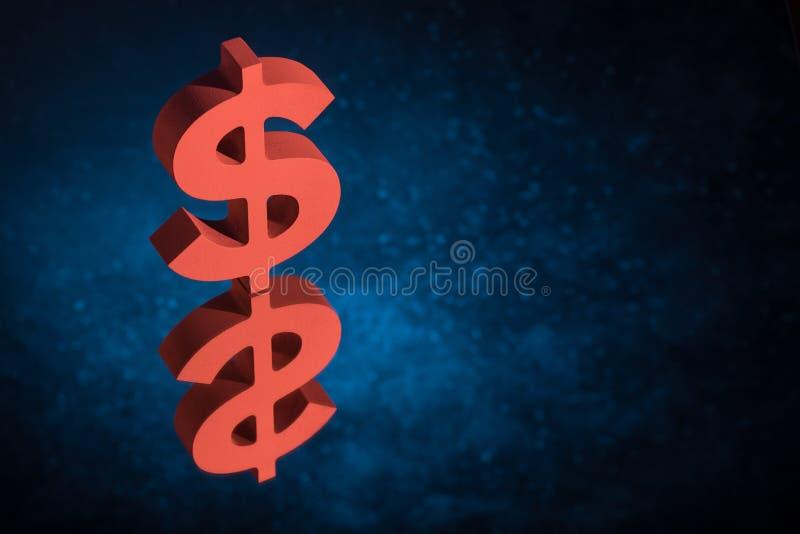 Símbolo o muestra rojo de moneda de los E.E.U.U. con la reflexión de espejo en Dusty Background azul fotografía de archivo