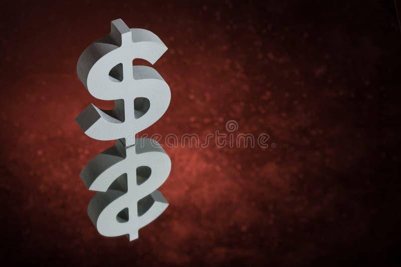Símbolo ou sinal de moeda dos E.U. com reflexão de espelho em Dusty Background vermelho ilustração do vetor