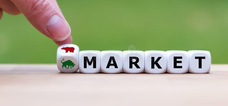Símbolo para un cambio de la tendencia en el mercado de acción foto de archivo libre de regalías