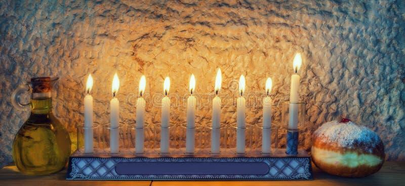 Símbolos judíos tradicionales importantes para el día de fiesta de Jánuca fotos de archivo libres de regalías