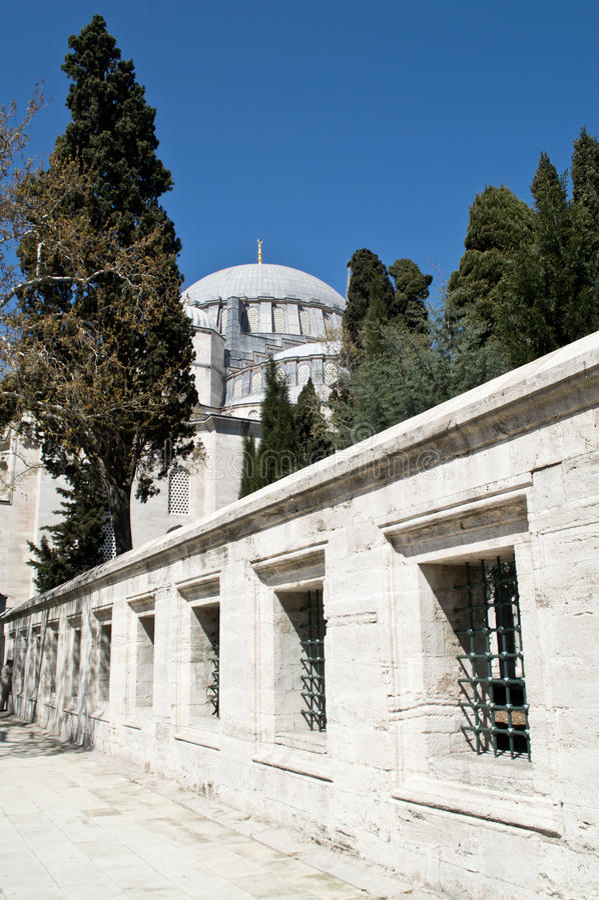 S�leymaniye Mosque garden stock photo