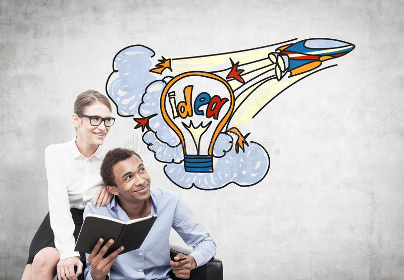Sócios comerciais e uma ideia startup foto de stock