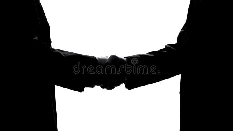 Sócios da empresa que agitam as mãos, acordo do negócio, união dos trabalhos de equipe, cooperação fotografia de stock royalty free