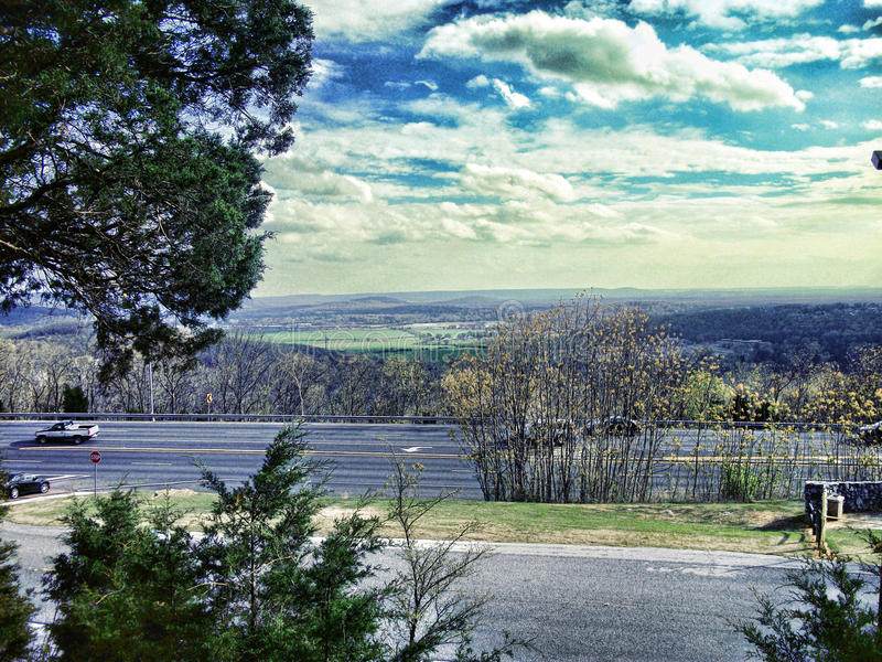 Södra Huntsville från Monte Santo Mountain royaltyfri bild