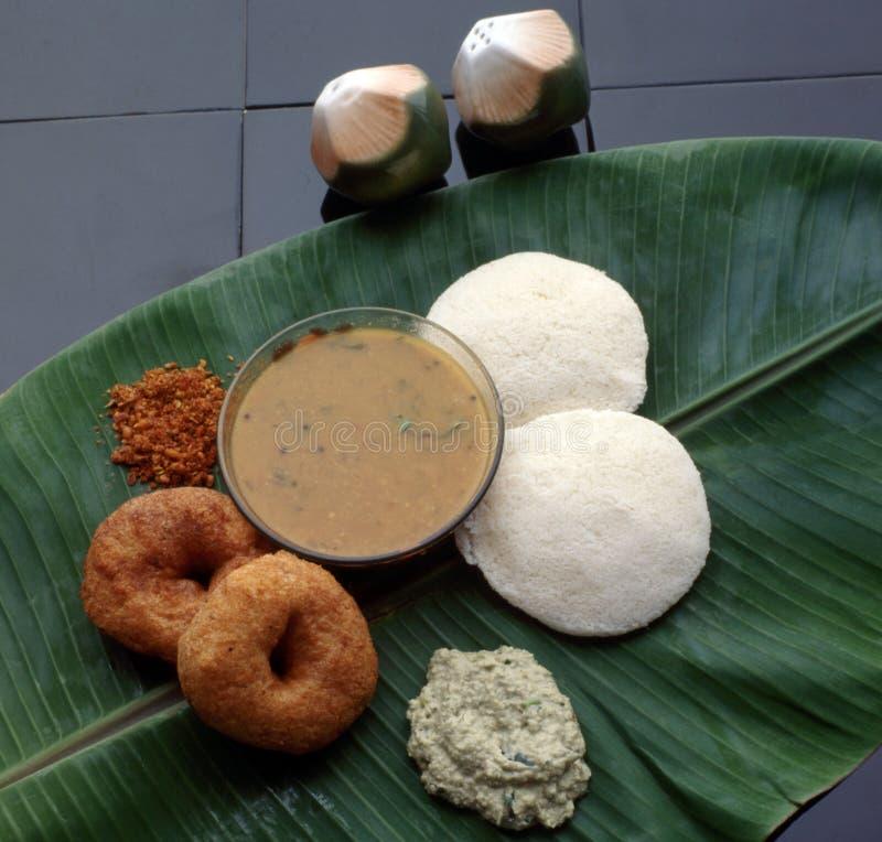 Södra indisk frukost Idli & Vada Sambar arkivfoto