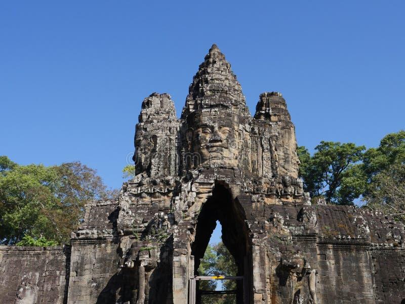 Södra port av Angkor Thom, Angkor royaltyfri fotografi