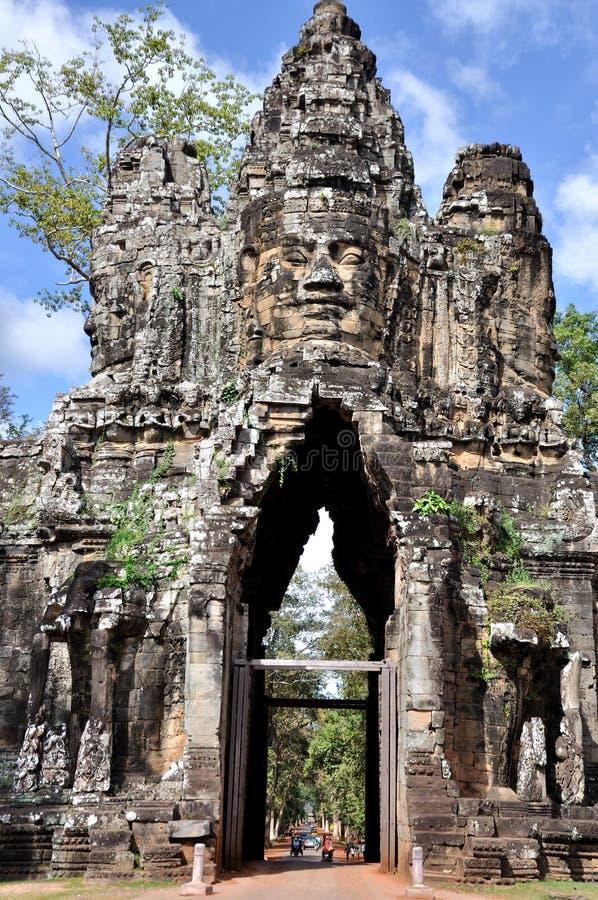 Södra port i Angkor Wat arkivfoto