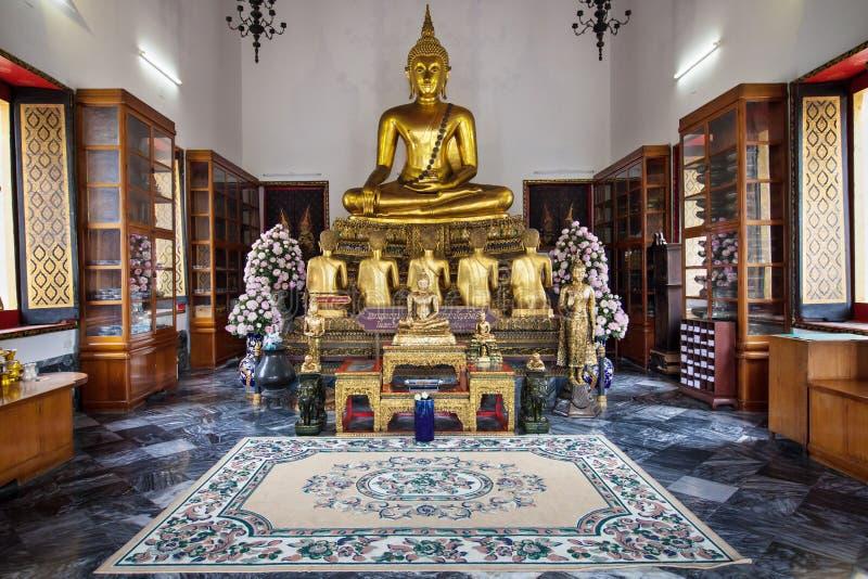 Södra Vihara av Wat Pho royaltyfri fotografi