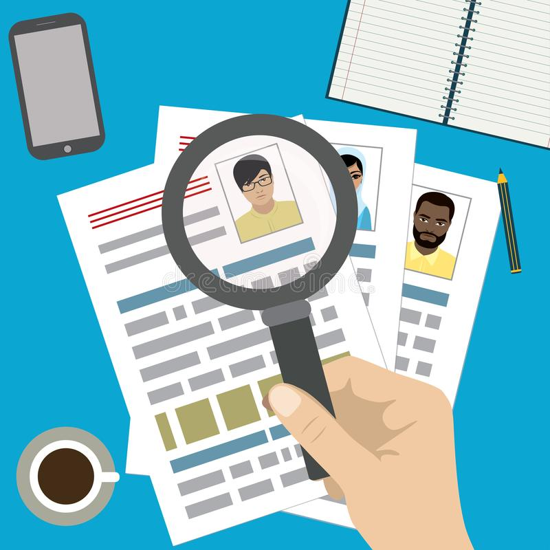 Söka den yrkesmässiga personalen, arbete som analyserar meritförteckningen stock illustrationer