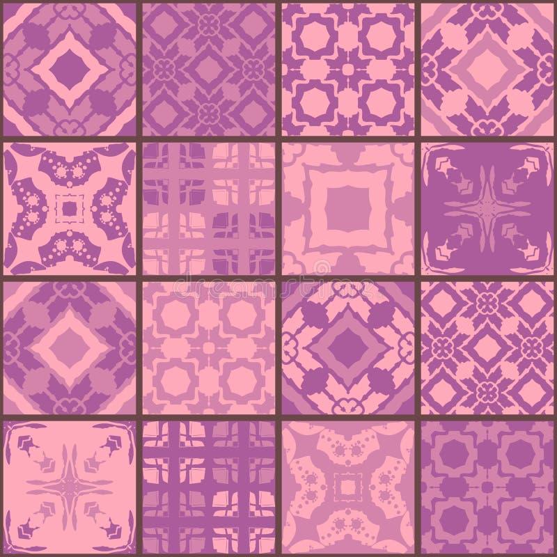 Sömlös patchworkmodell från fyrkantlappar i purpurfärgade signaler royaltyfri illustrationer