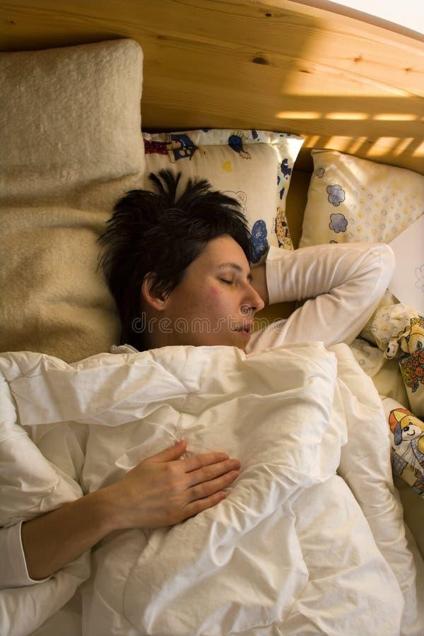 sömnkvinna royaltyfri bild