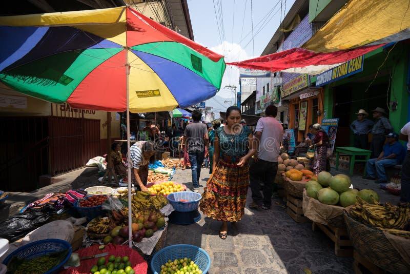 söndag jordbruksproduktermarknad i Guatemala arkivfoto
